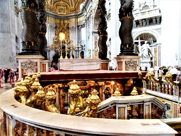Altar_and_Tomb_of_St_Peter