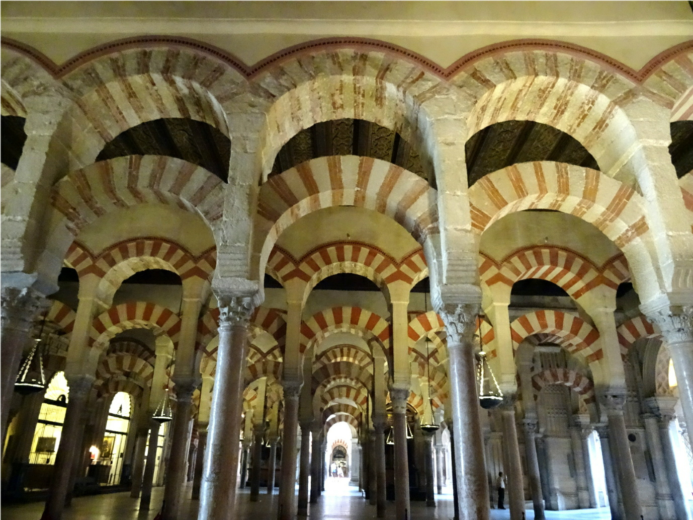 The First Religious Building To Stand On Site Of Mosque Cathedral In Cordoba Was A Roman Temple Dedicated Janus But Following Withdrawal