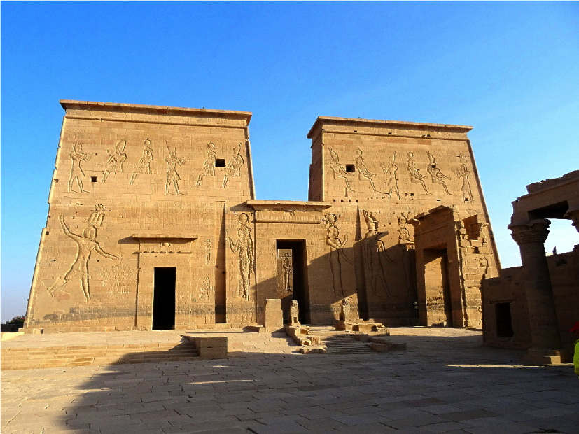 ancient egyptian architecture essay Building in ancient egypt michael brass: the nature of urbanism in ancient egypt, essay for degree: history of egyptian architecture.