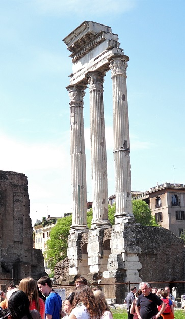 Forum_Temple_of_Castor_and_Pollux