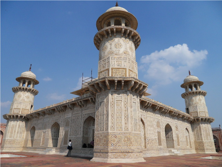 Famous Historic Buildings Archaeological Sites In India Agra