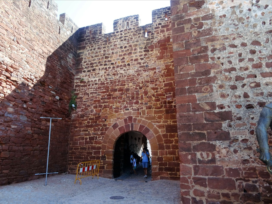 Famous Historic Buildings & Archaeological Site in Portugal